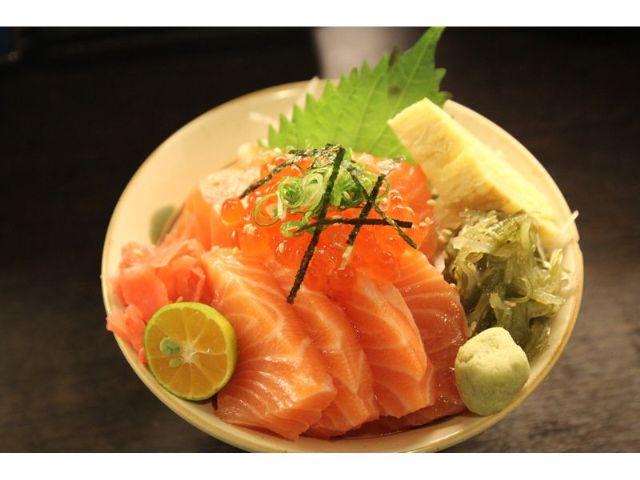 汐止生魚蓋飯│小鮭魚蓋飯