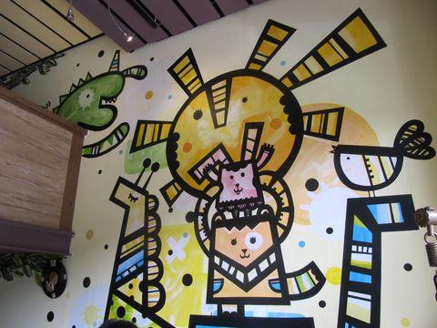 小米虫墙面涂鸦 小米虫咖啡馆 咖啡可可,饮料冰品图片