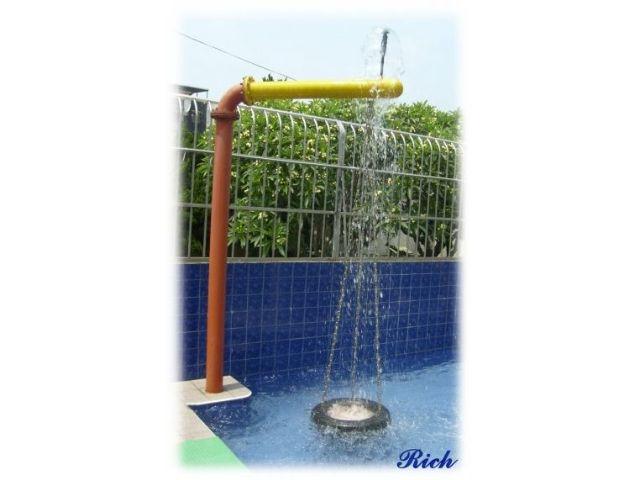 兒童遊具–水中盪鞦韆