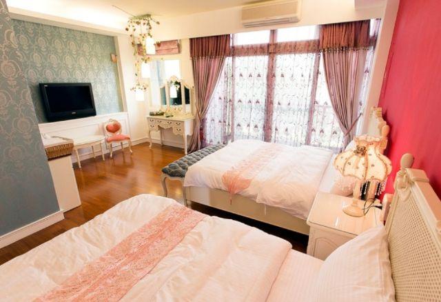 四人卧室装修图片