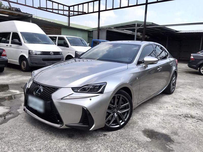 2017 Lexus IS200t F Sport Navi