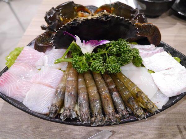 台北螃蟹火鍋|十二籃