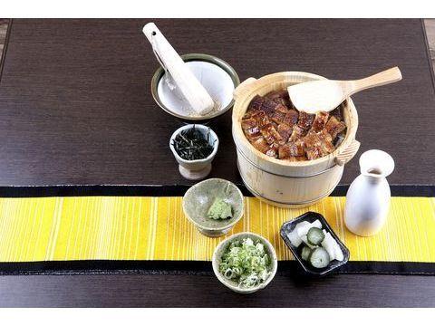 浪漫鰻魚竹筒飯