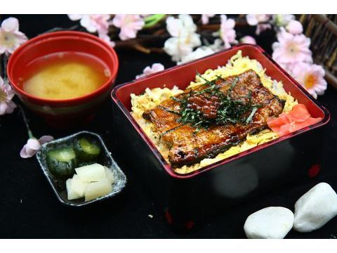 浪漫鰻魚飯