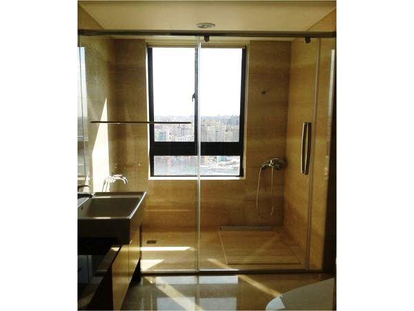 玻璃隔間、衛浴空間設計│滿憶企業