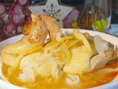 原煲魚翅燉土雞