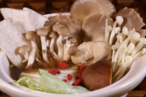 杜仲百菇素食鍋套餐
