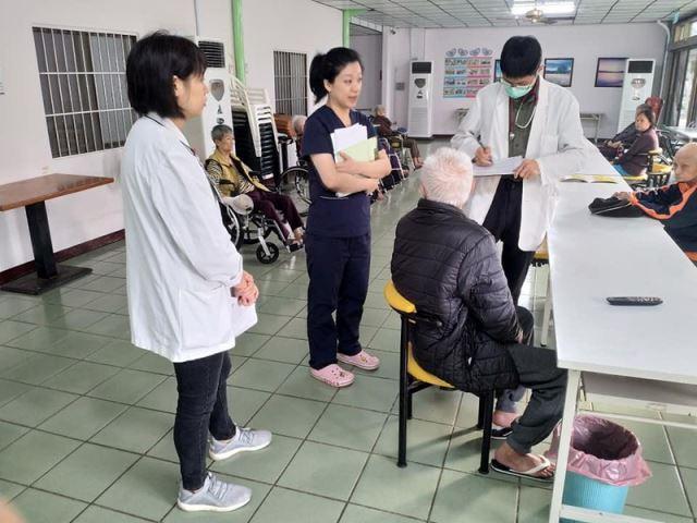 台南老人長期照顧服務