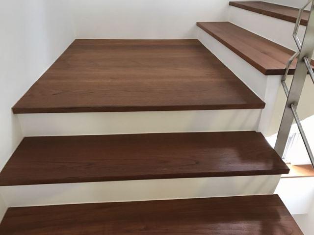 木質樓梯施工