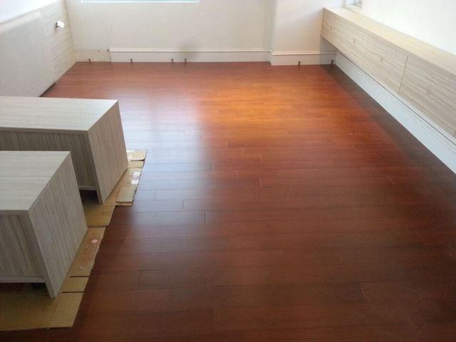 實木地板施工